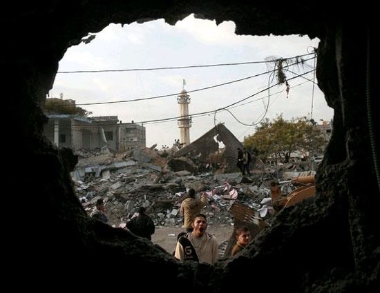 http://www.opednews.com/articles/Hell-On-Earth-Is-Gaza-by-Allen-L-Roland-090726-306.html